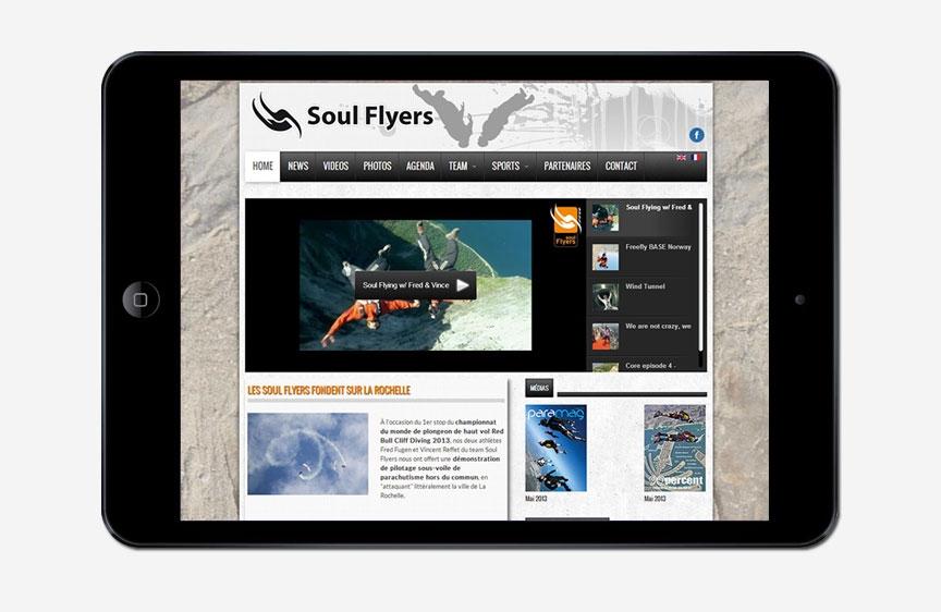 Soul Flyers